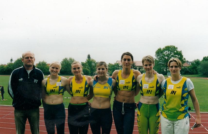 Erfolgreiche Frauenmannschaft 2004